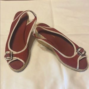 Naturalizer wedge size 4